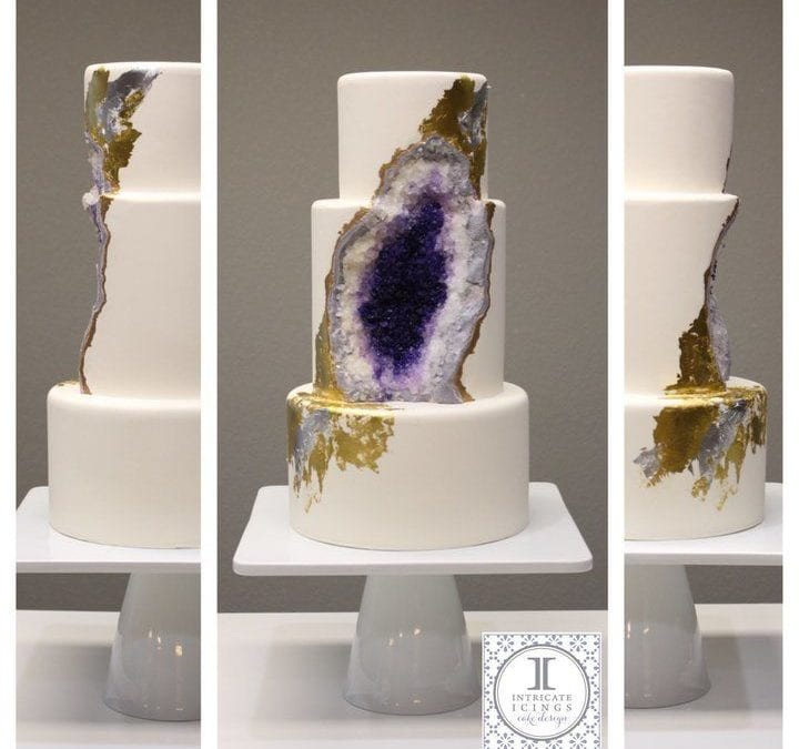 cost-between-a-wedding-and-a event-intricate-icings-wedding-cake-andrew-roby-events