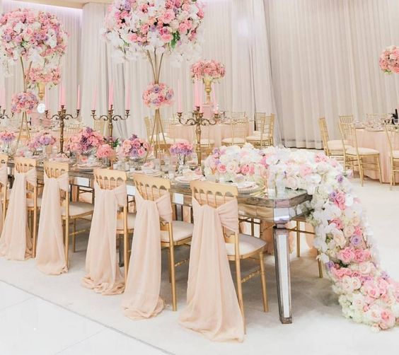 mirrored-dinner-table-andrew-roby-events